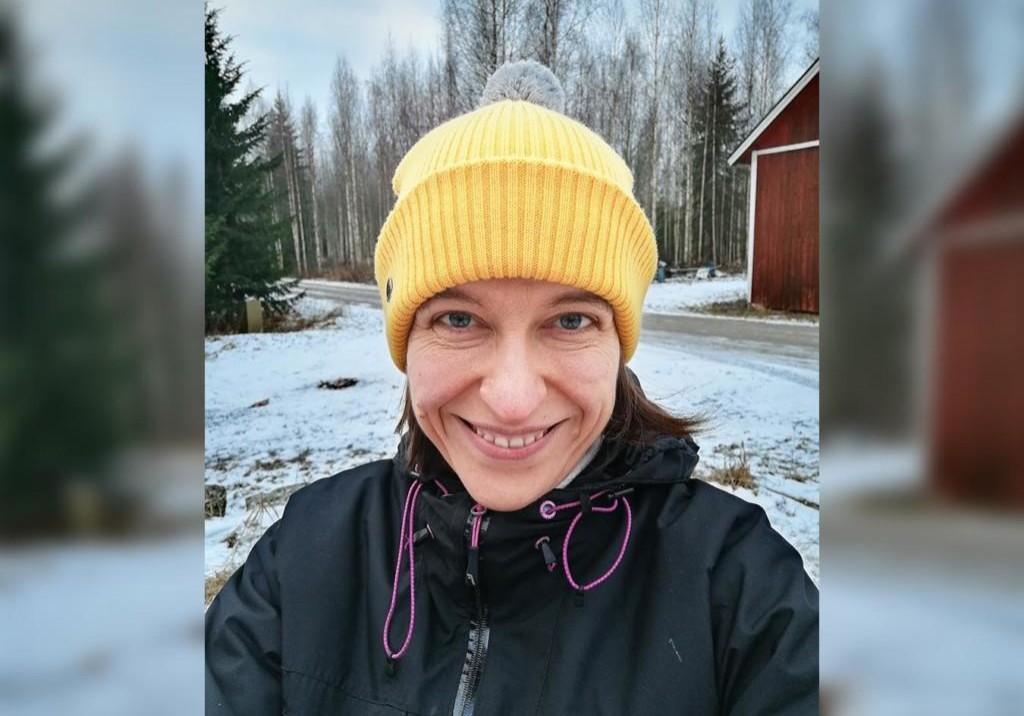 Anna Jaatinen talvisessa maisemassa